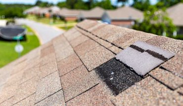 3 signs of roof issues in late summer